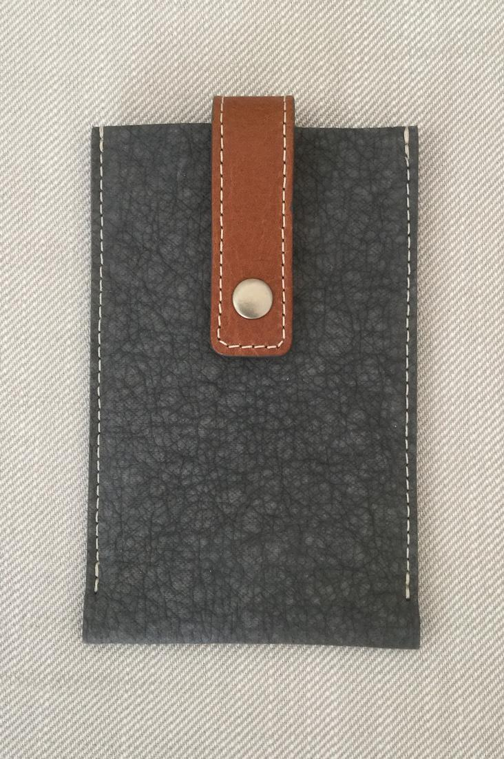 ELEPHANT IPHONE DARK GREY